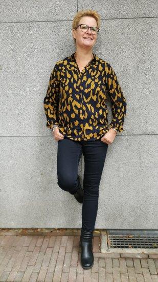 Akoz blouse Leopard print Navy/Oker