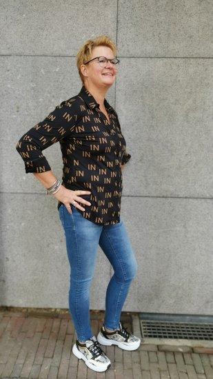 Iz naiz travel blouse IN